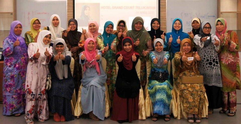 Ketrampilan Bertutur   Koperasi Orang Melayu Negeri Perak  14 April 2012