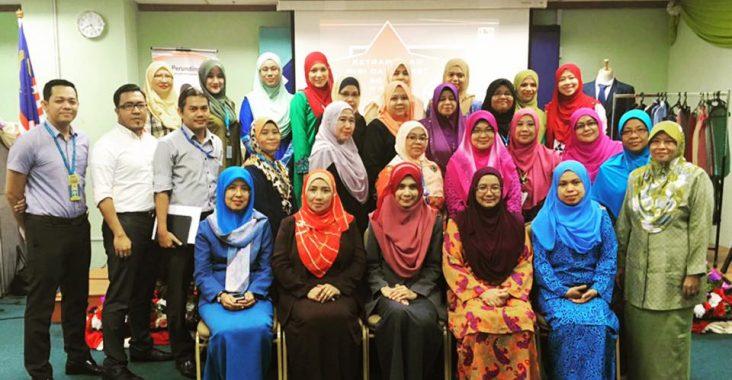 Kursus Ketrampilan Diri Dan Etiket Sosial | 23 Mei 2016| Lembaga Hasil Dalam Negeri