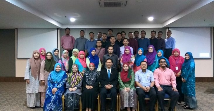 Kursus Etiket dan Penampilan Dalam Pembentukan Imej Profesional | LUAS |16 Ogos 2016