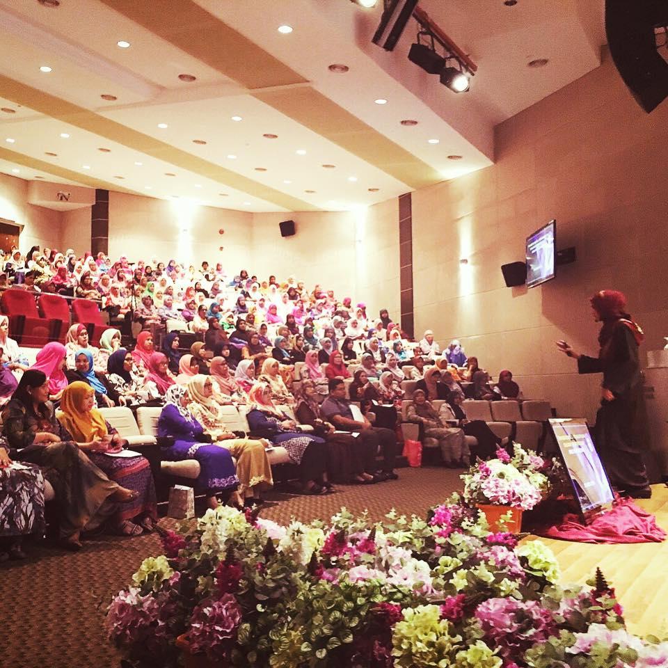 Seminar Imej Dan Ketrampilan Diri Kelab Kakitangan Awam Kementerian Pertahanan