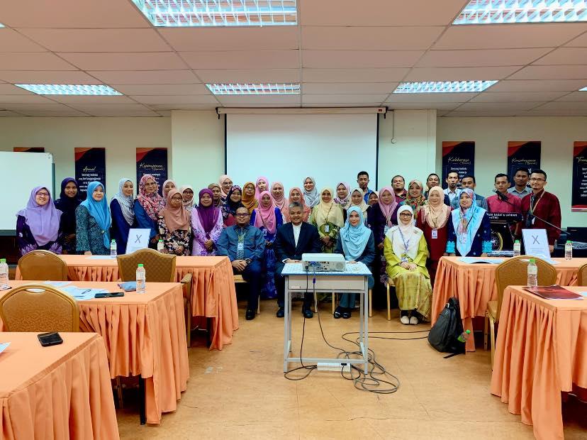 Kursus Pemantapan Imej Profesional & Etiket Sosial Pusat Pembangunan Hospital UNiSZA Pada 29-30 September 2020